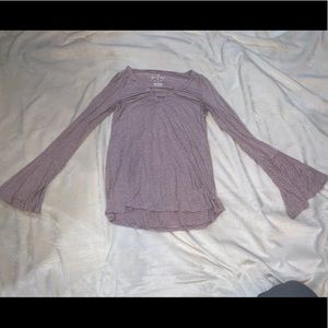 American Eagle Soft and Sexy loose Sleeves shirt